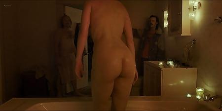 Winstead mary naked elizabeth Mary Elizabeth
