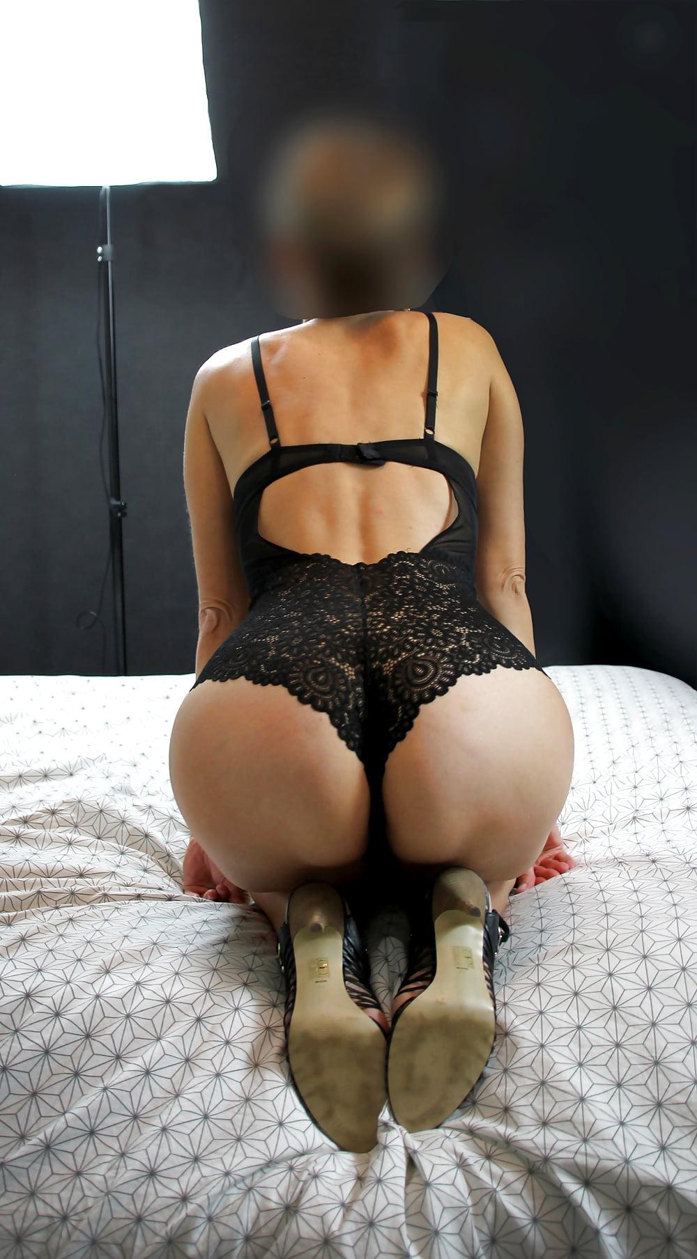 Nude Pix Free weird penetration
