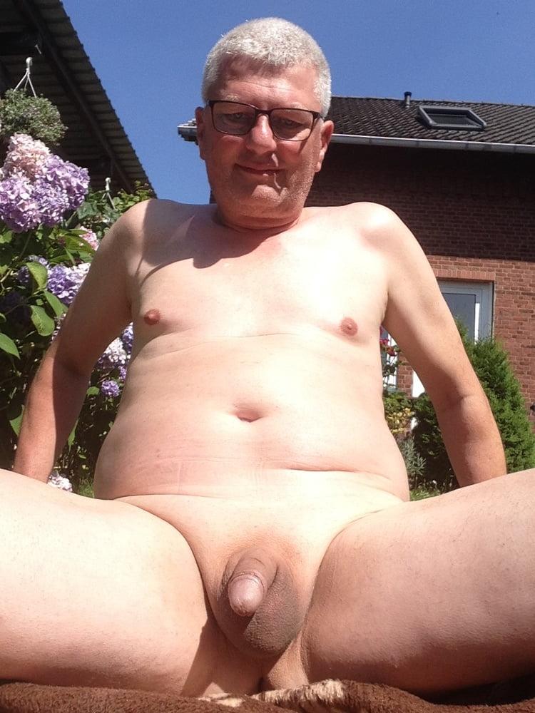 Garten im porno nackt Meine Frau