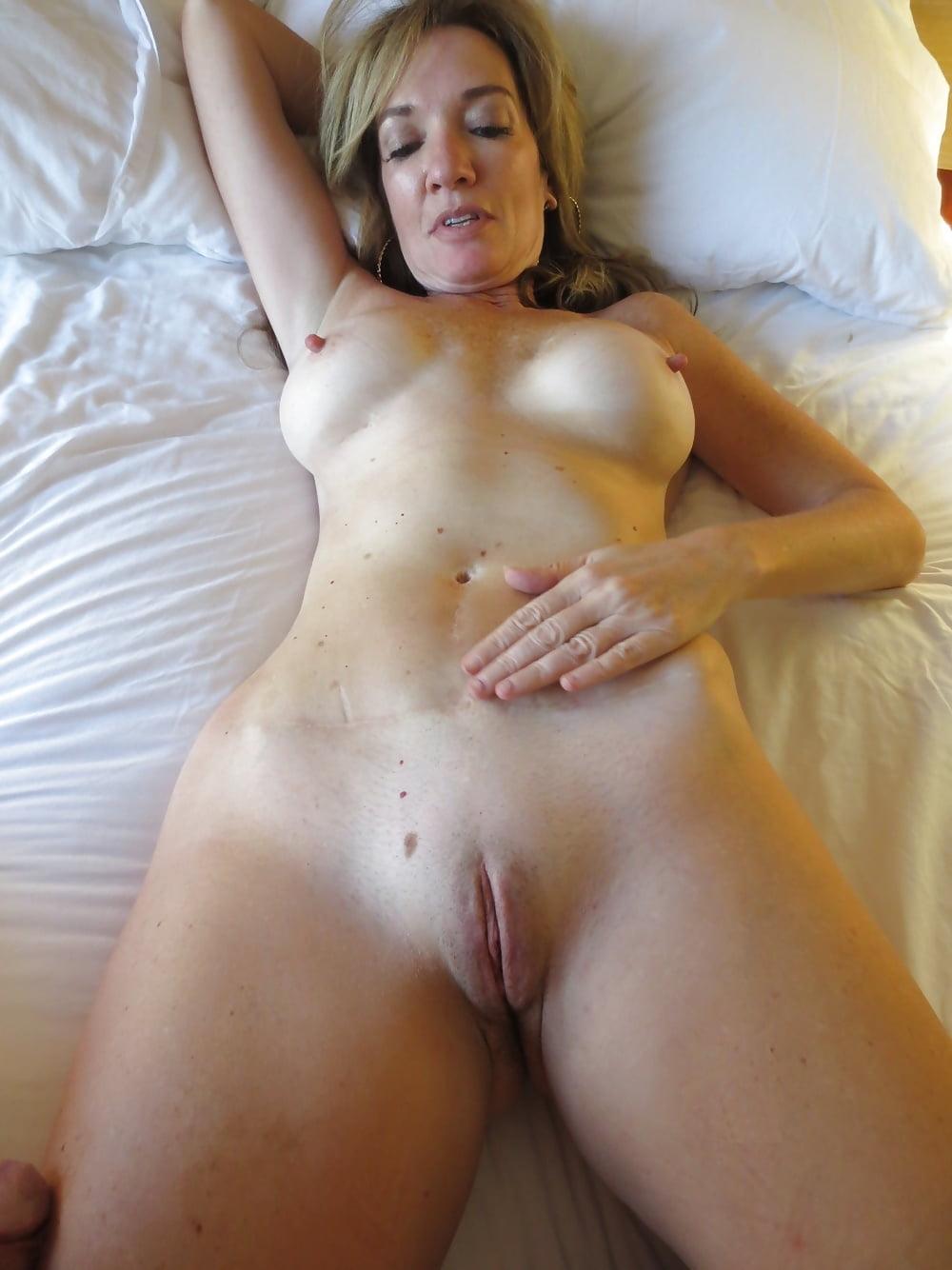 tumblr-amature-nudes-brazilian-nadine-singapore