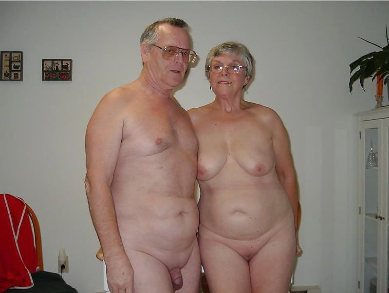 Old couple nude