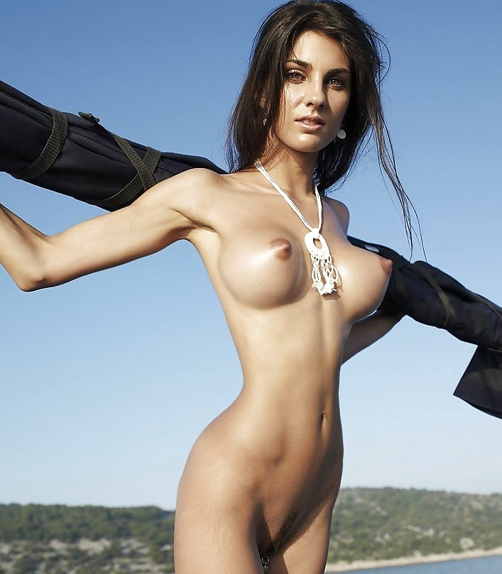 Breasts With Erect Nipples - 30 Pics  Xhamster-4513