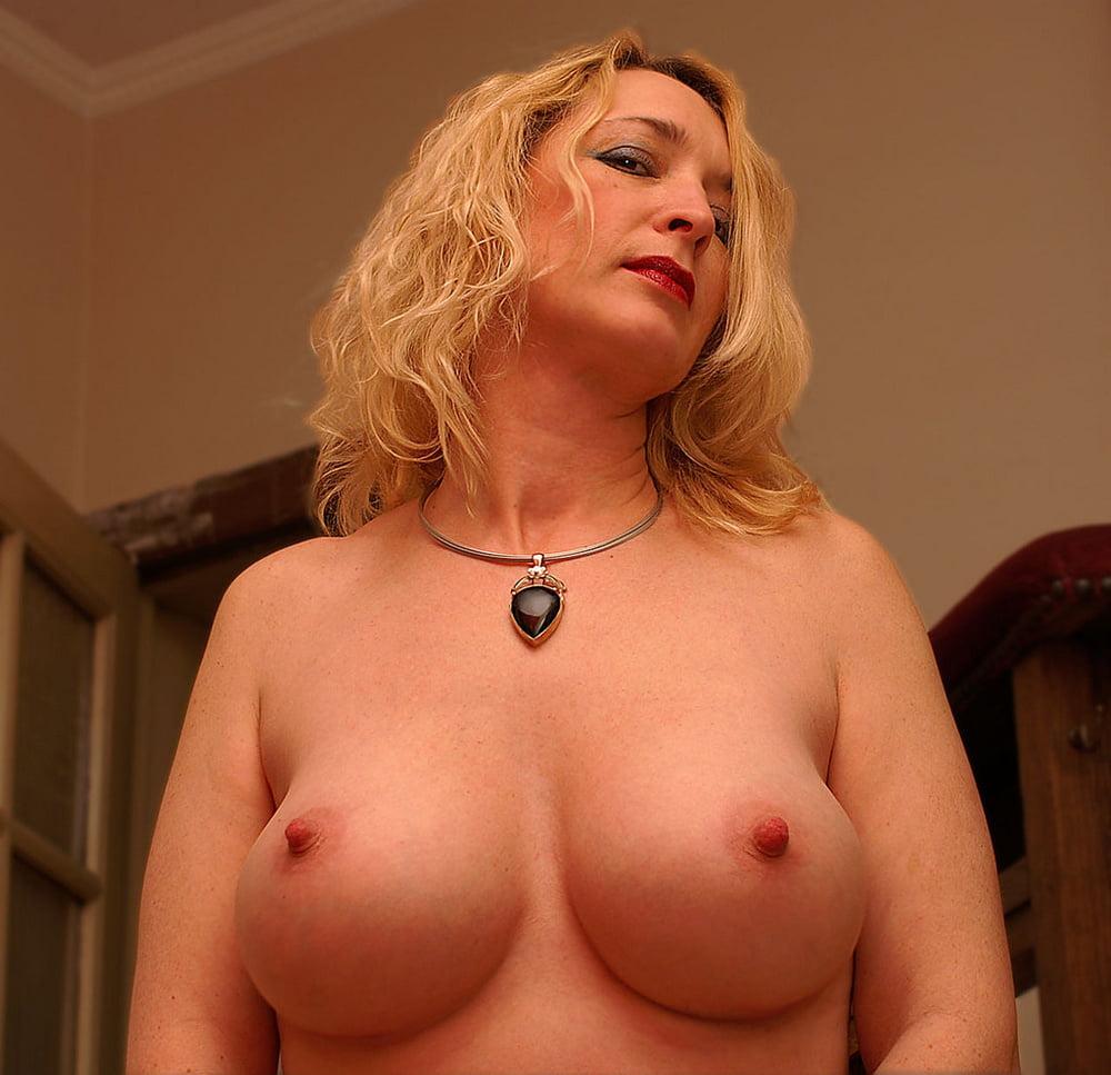 Cougar spanish porn pics