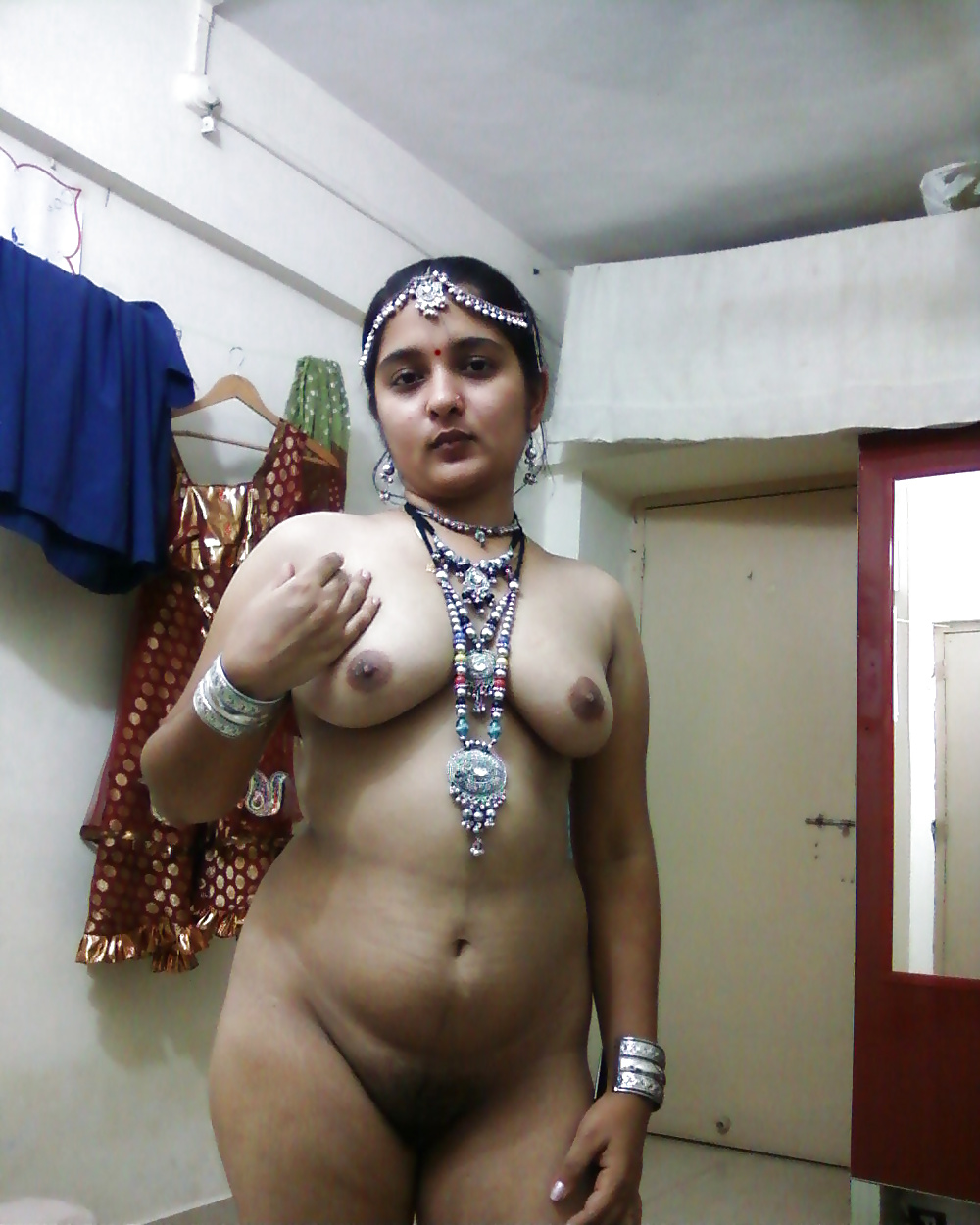 Gujarati housewife want to be sex