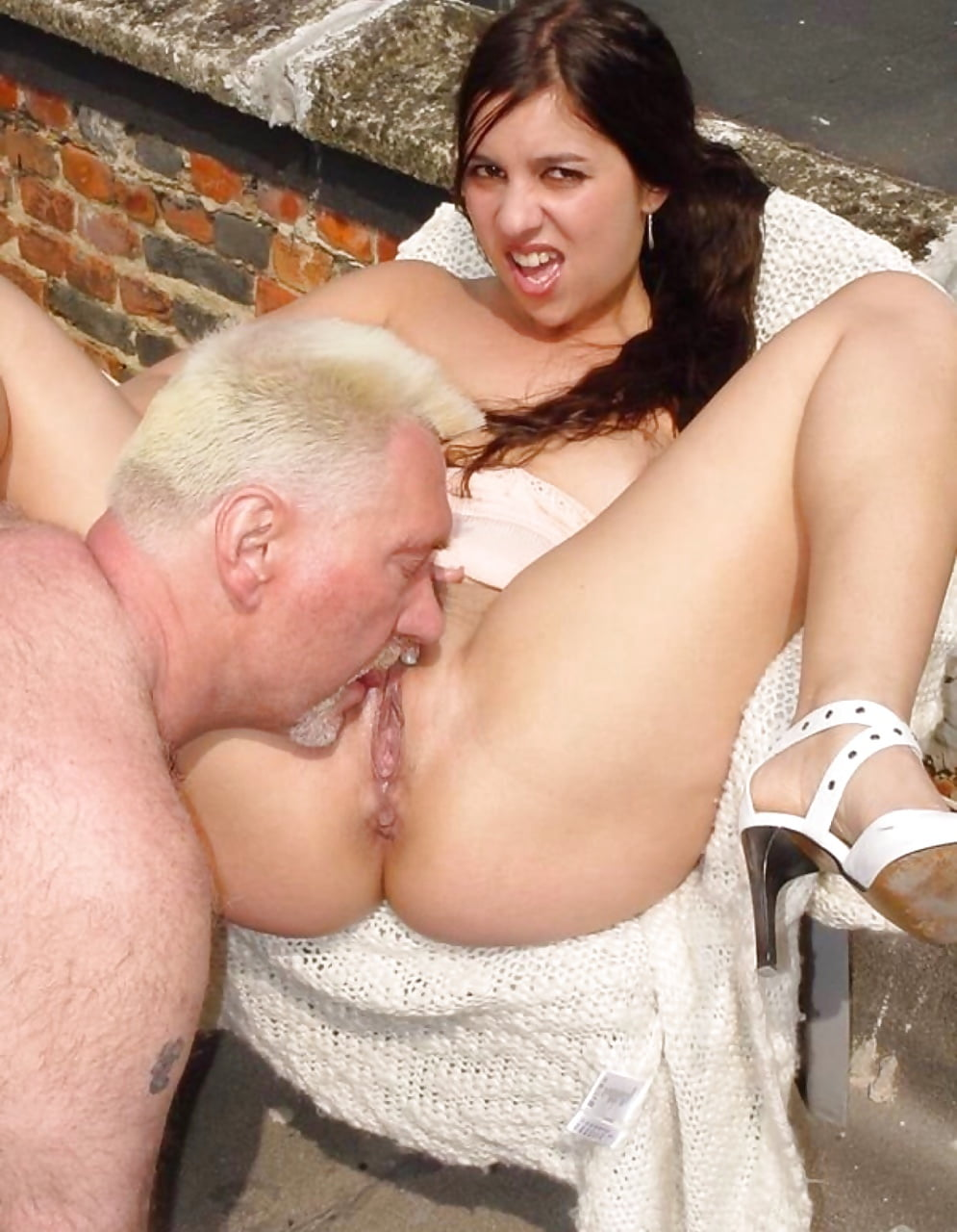 porno-kunilingus-sochniy-professionali-stariki