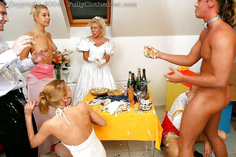 Free wedding orgy porn pics