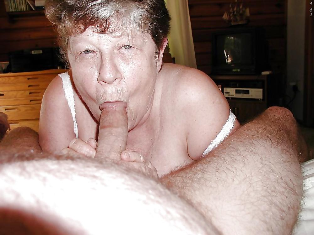 женских старушки тоже любят хуй побольше смотреть тогда