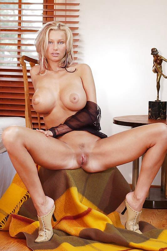 Худые порно звезда хана мелонова фото фото пизды сисек