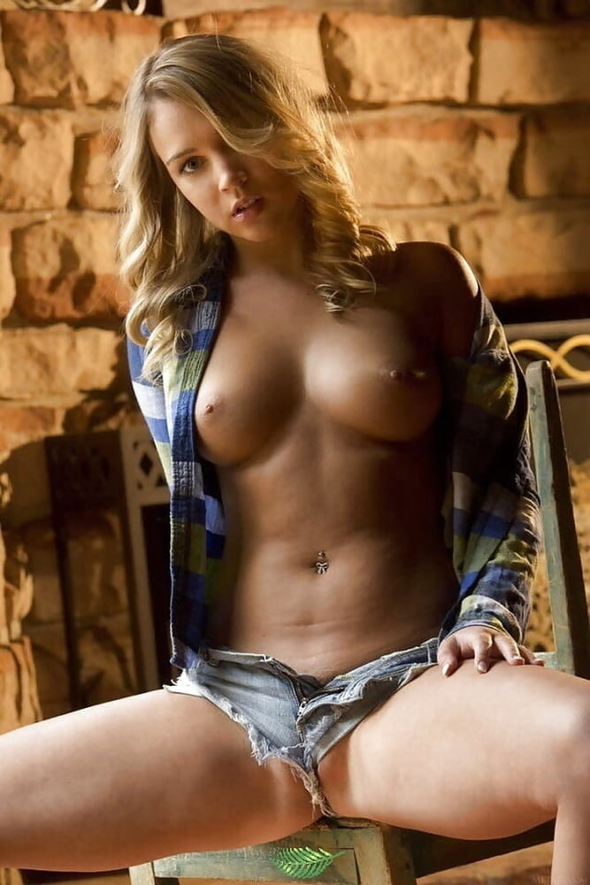Zoey Taylor Nude Leaked Videos and Naked Pics! 210
