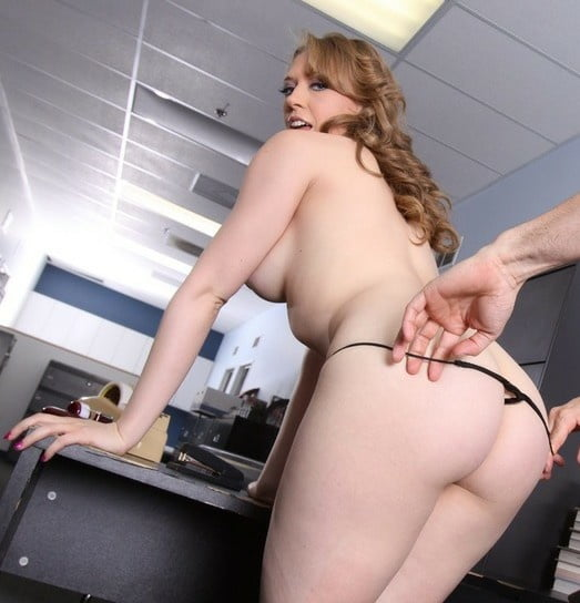 Thick white booty nude-9338