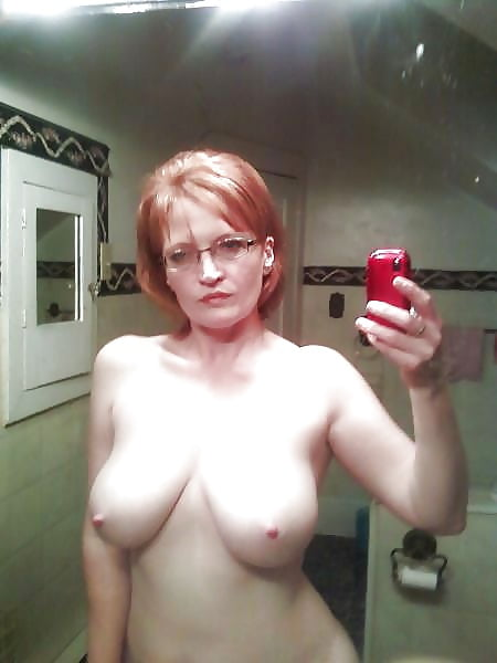 Yuspita sari dewi selfie - 3 7