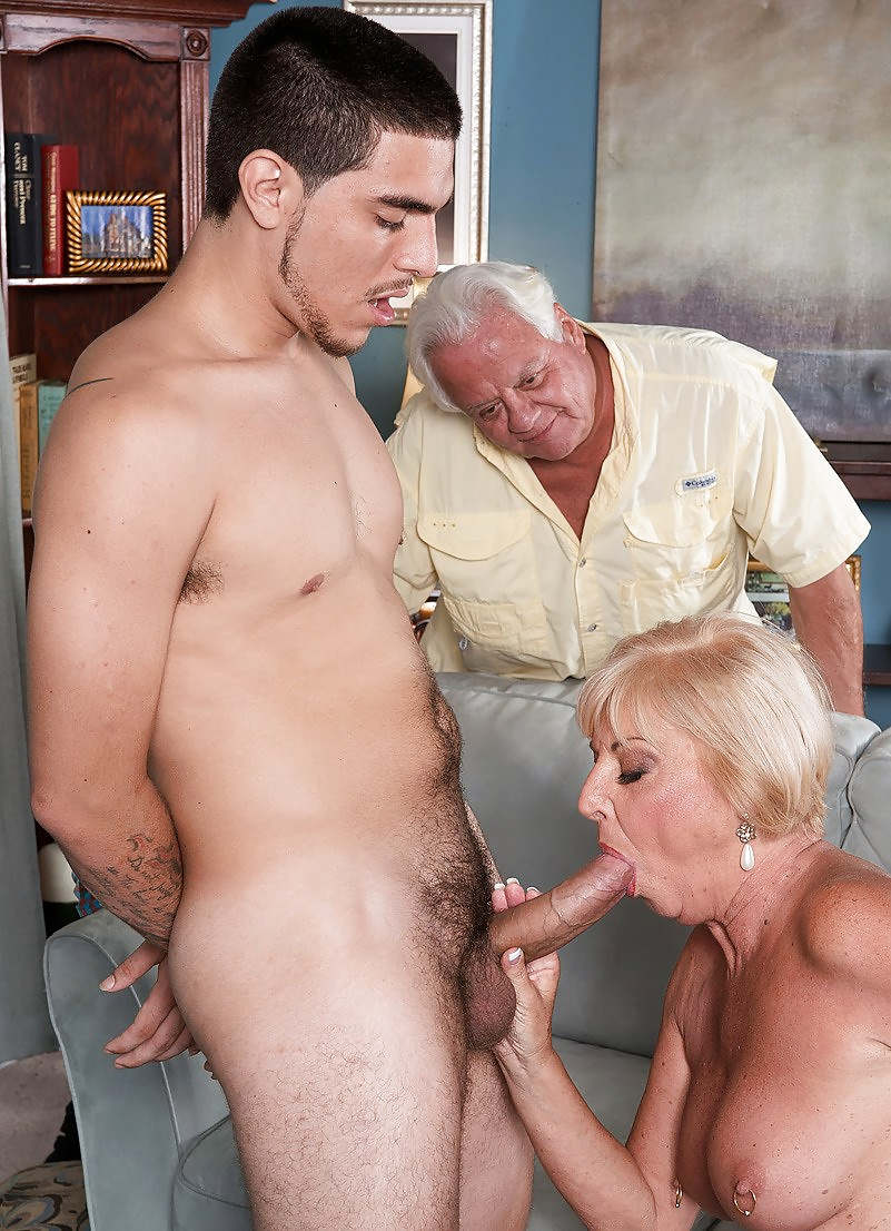 Milf old man cock — 10