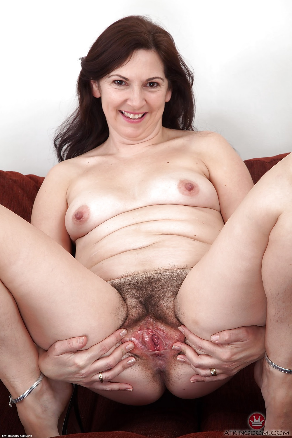 Nude vagina pictures middle age women