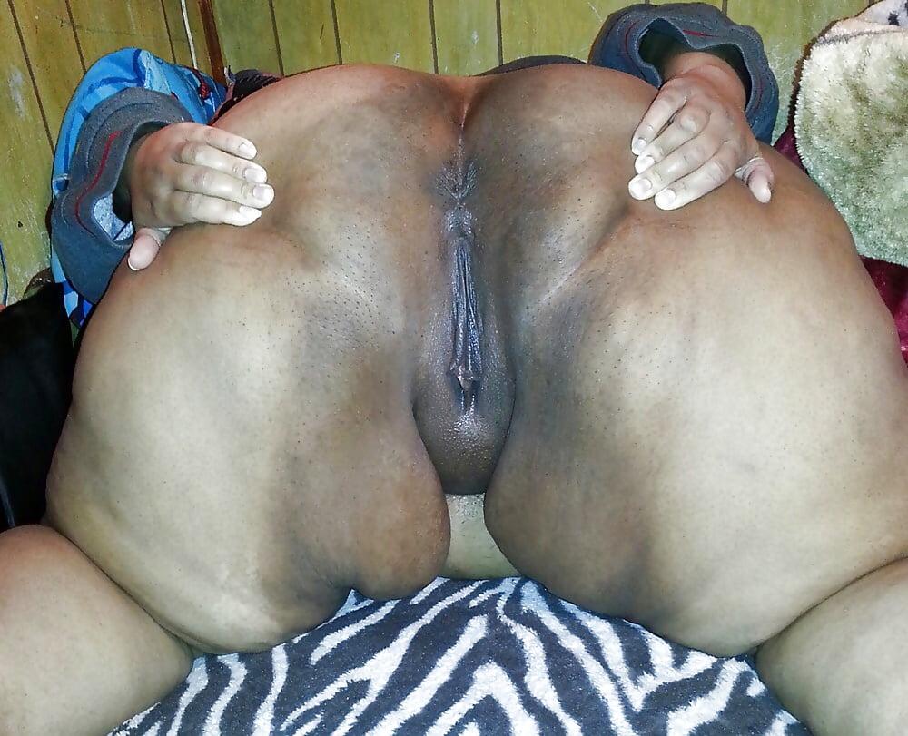 African Ssbbw Spread Wide Black Bbw Open Pussy