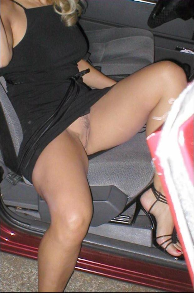 Pantyhose voyeur pics and nylon upskirt porn