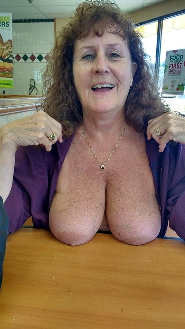Full figured milf wife of mine exposes her mad curves on cam