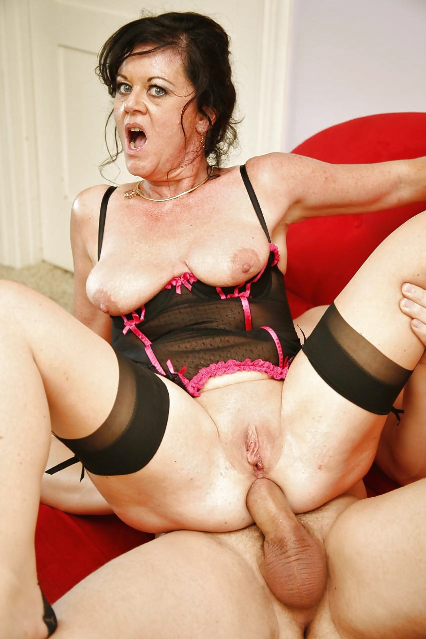 tna-mature-porn-videos-mom-stuck-sex