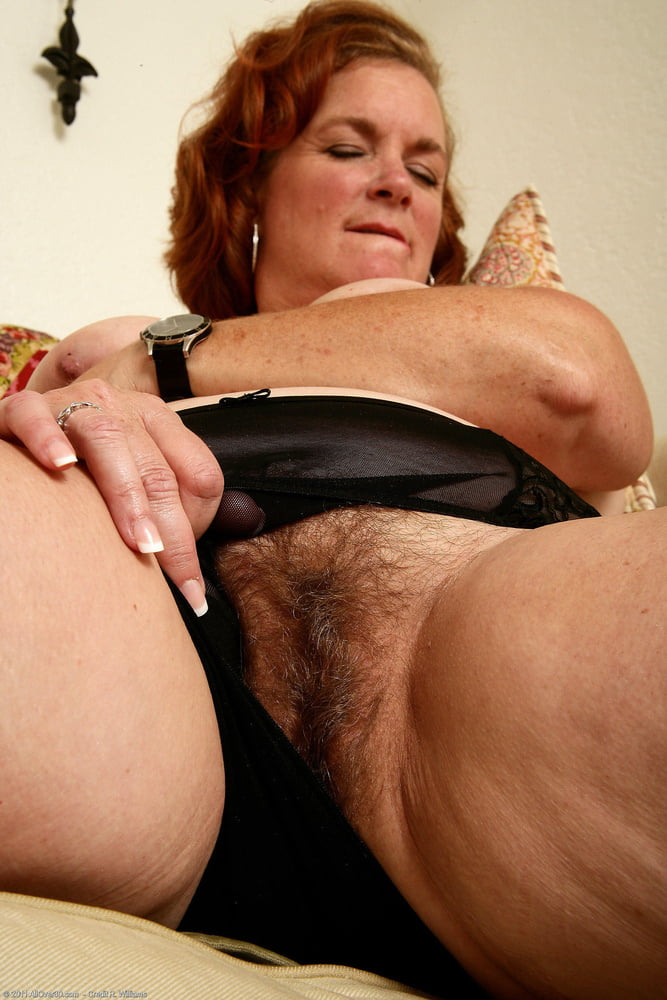 PEEK A BOO PUBES AND PUSSY - 89 Pics