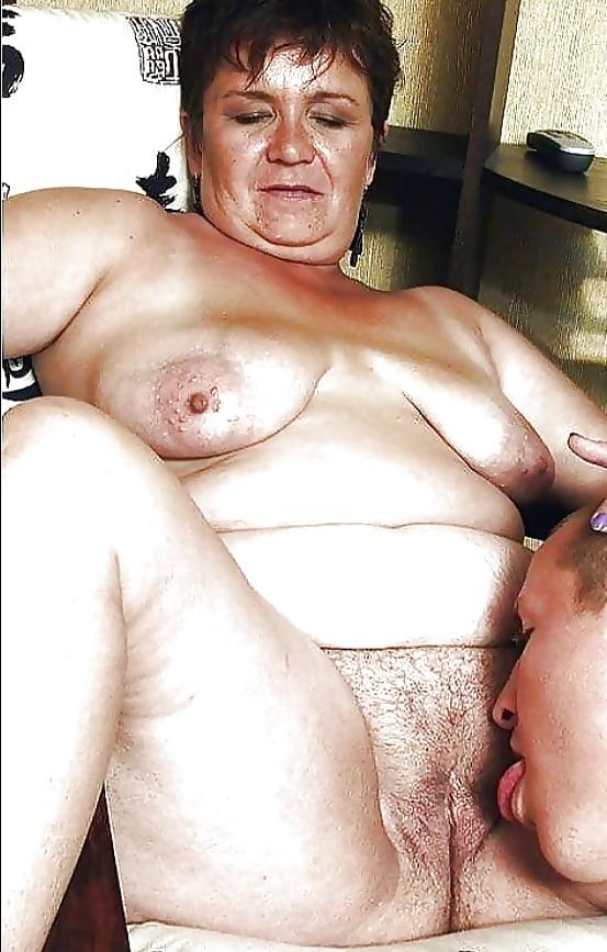eating-my-grandmas-pussy-jen-aniston-naked-tits