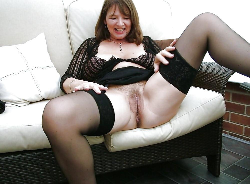 brunette-huge-erotic-mature-photos-and-stories-bikini-busttures