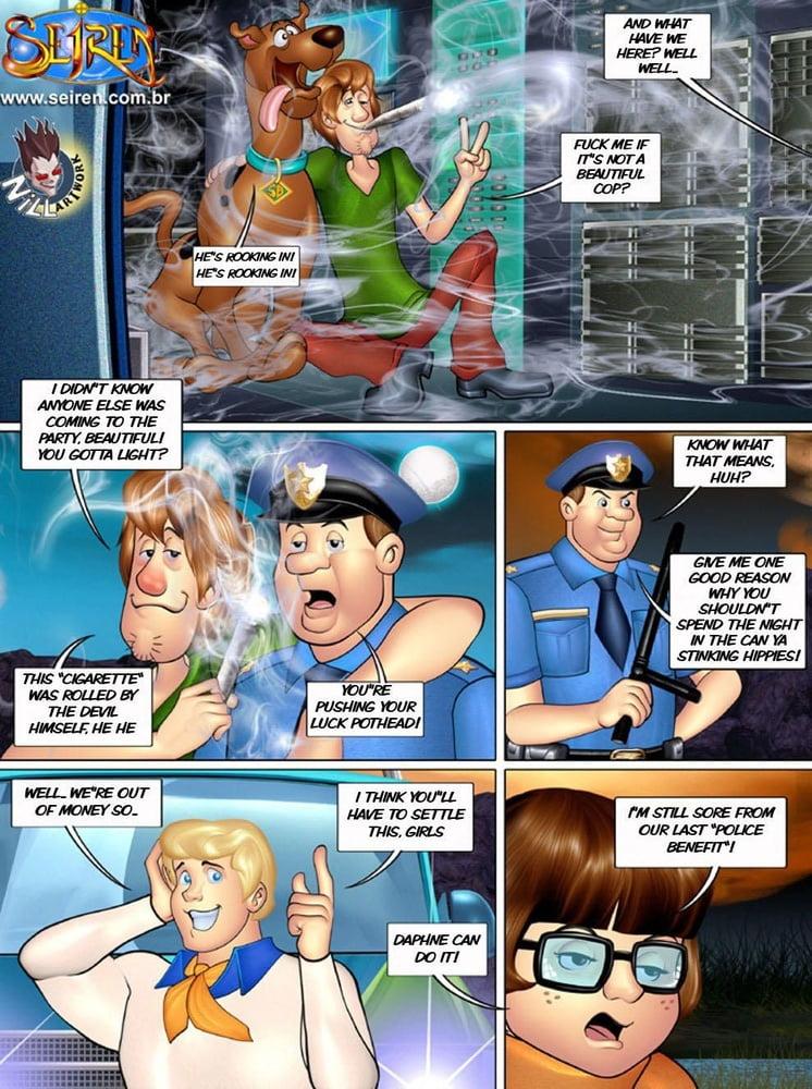 Scooby-Doo - O Fantasma Encoxador - 102 Pics