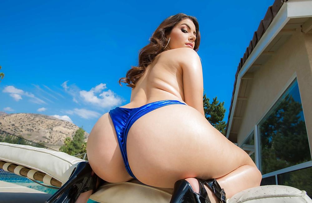 Valentina Nappi Butt