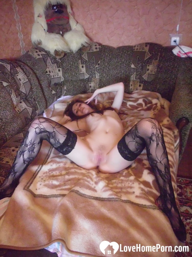 Beauty in stockings masturbating in various positions - 392 Pics