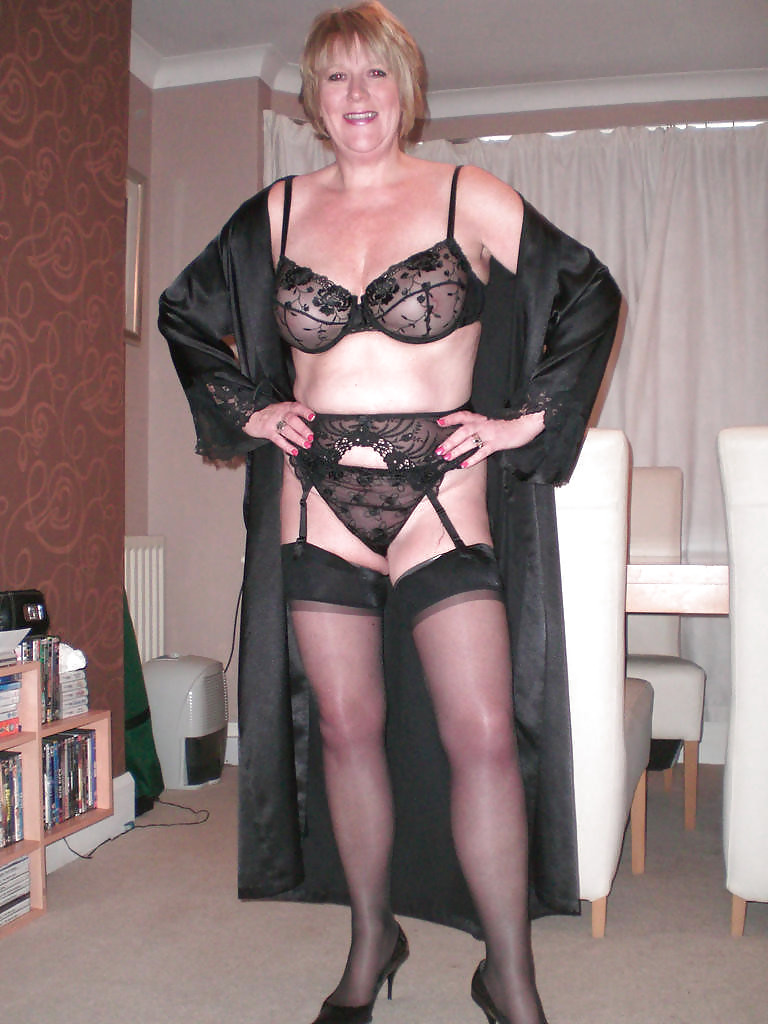 genuine-free-pictures-mature-lingerie
