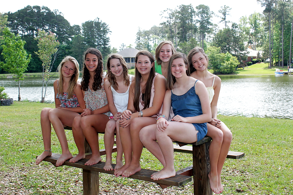 free-adult-group-teen