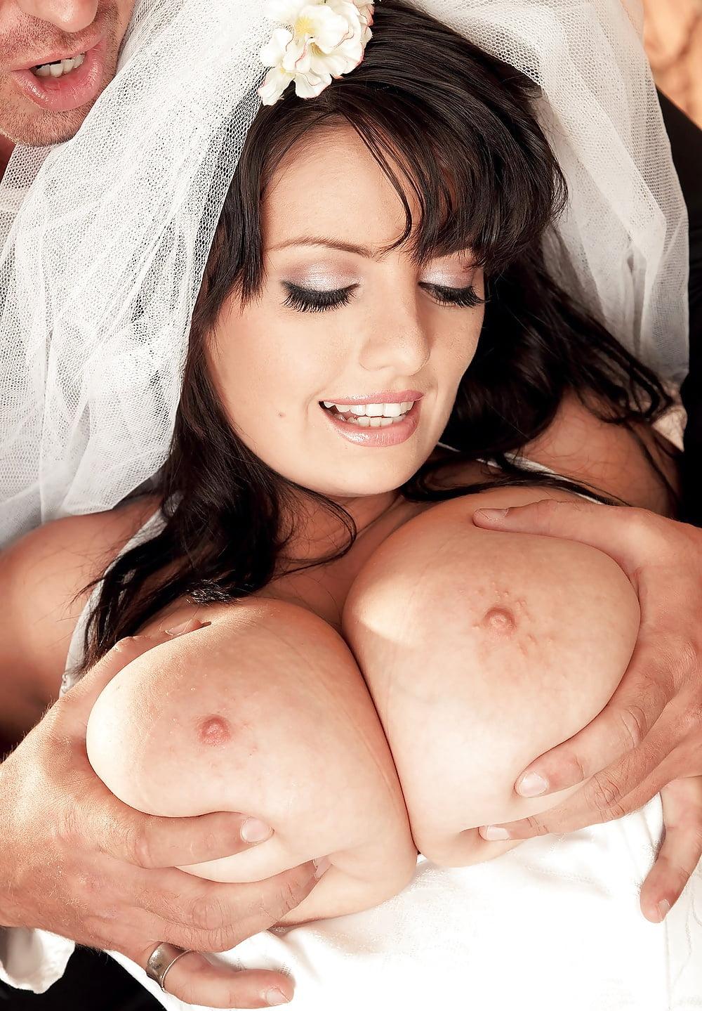 арианна синн сисястая брюнетка порно видео свадебном платье - 5
