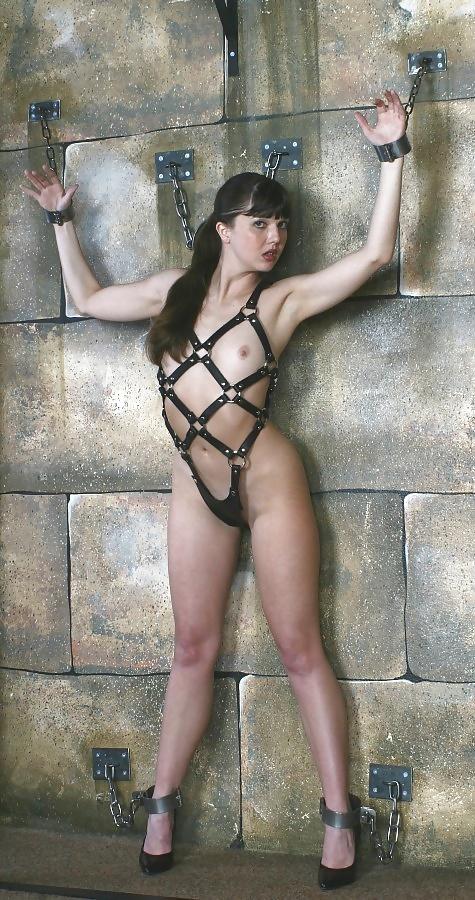hot nude fit women