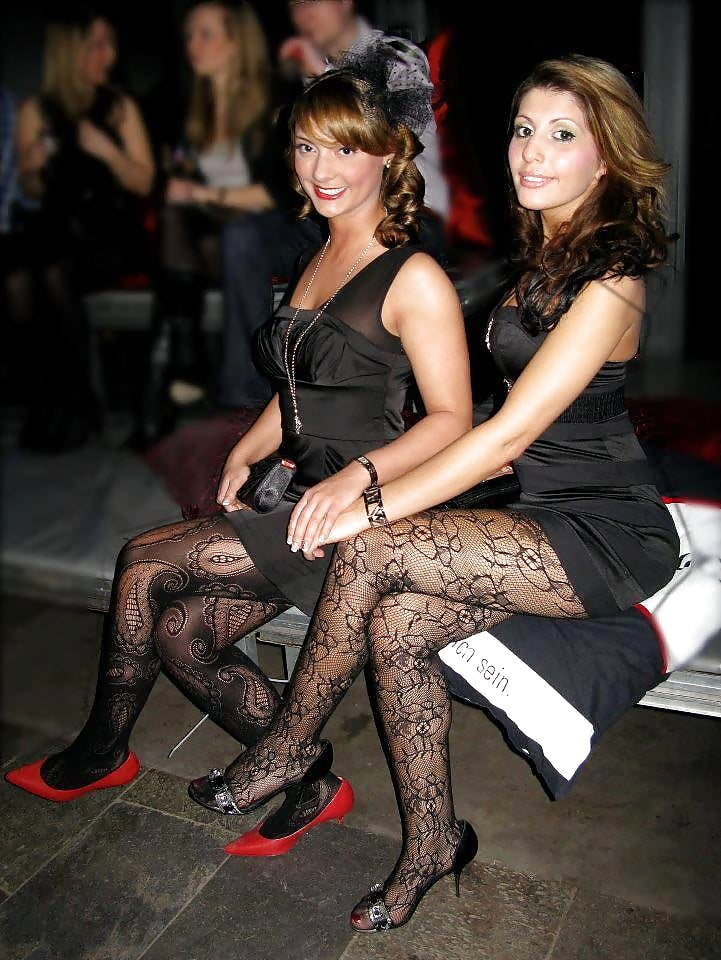 Sexy milf high heels-8718