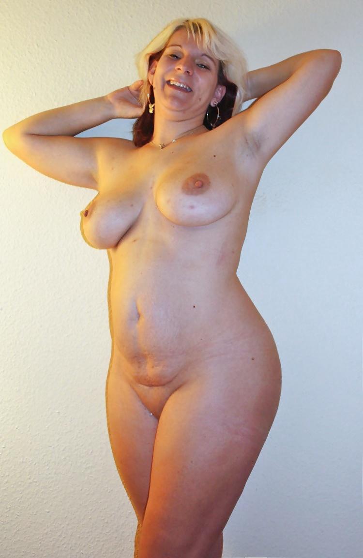 Nude mature curvy, tumblr flat milf