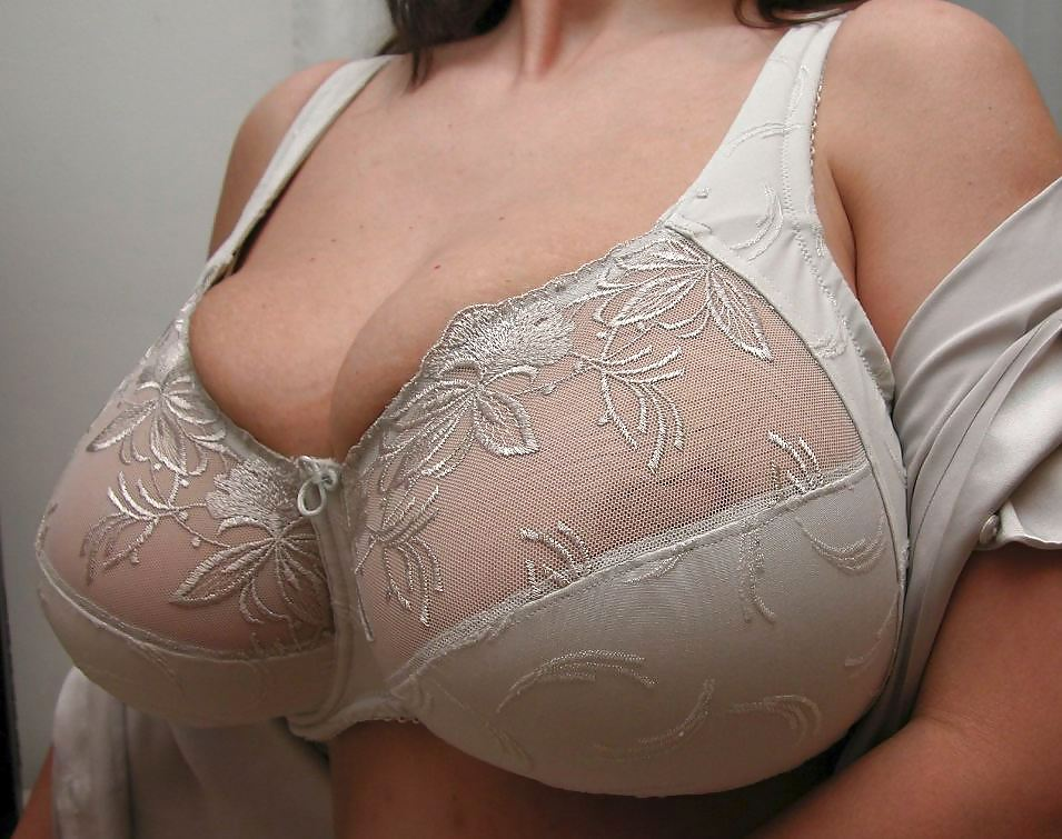 Mature huge tits big bra