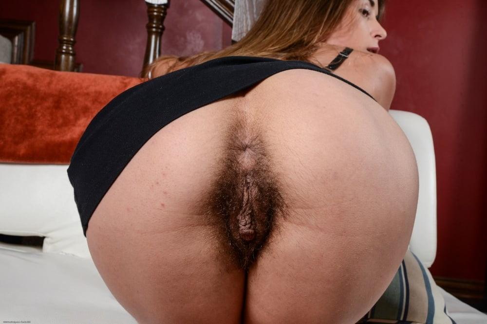 другого женщины с большими жопами стоящие раком с волосатой пиздой одного