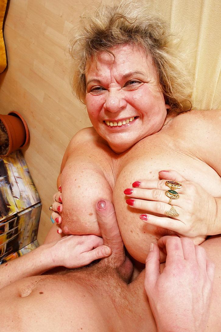 Бабушки проститутка заказать проститутку в Тюмени ул Орловская