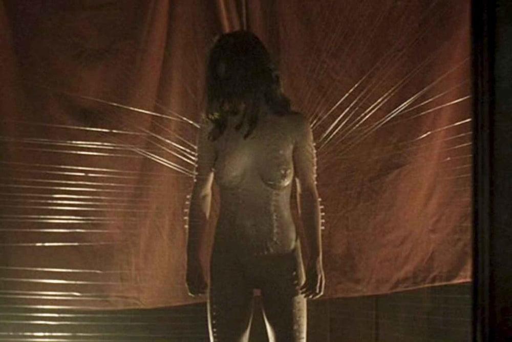 Linda cardellini naked