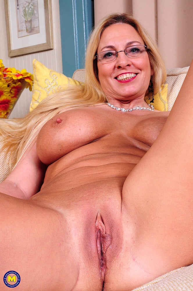 Hot pink pussy- 59