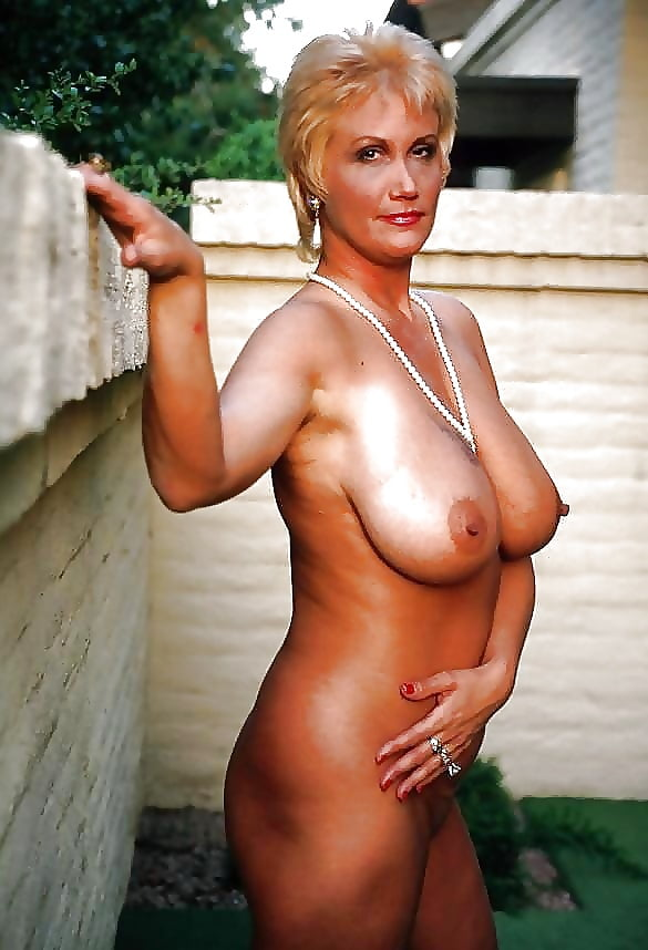busty-amature-women-tight-ass-hole-ripping