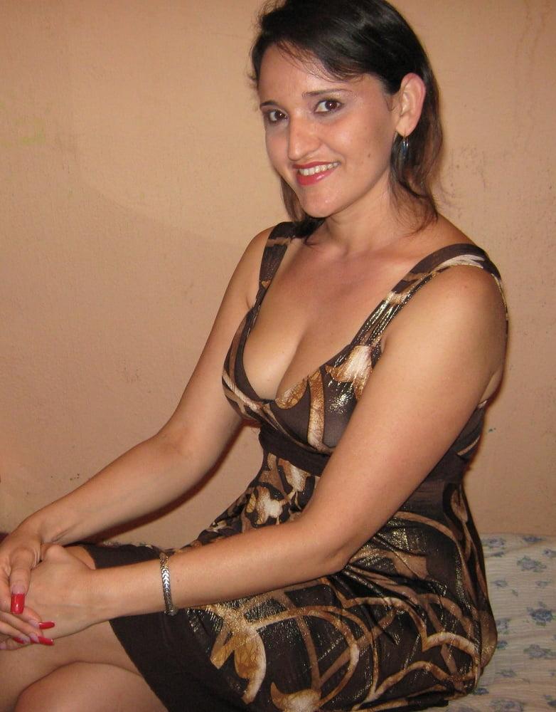 Nude hispanic milf