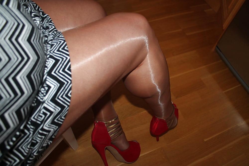 Free crossdresser in pantyhose movies