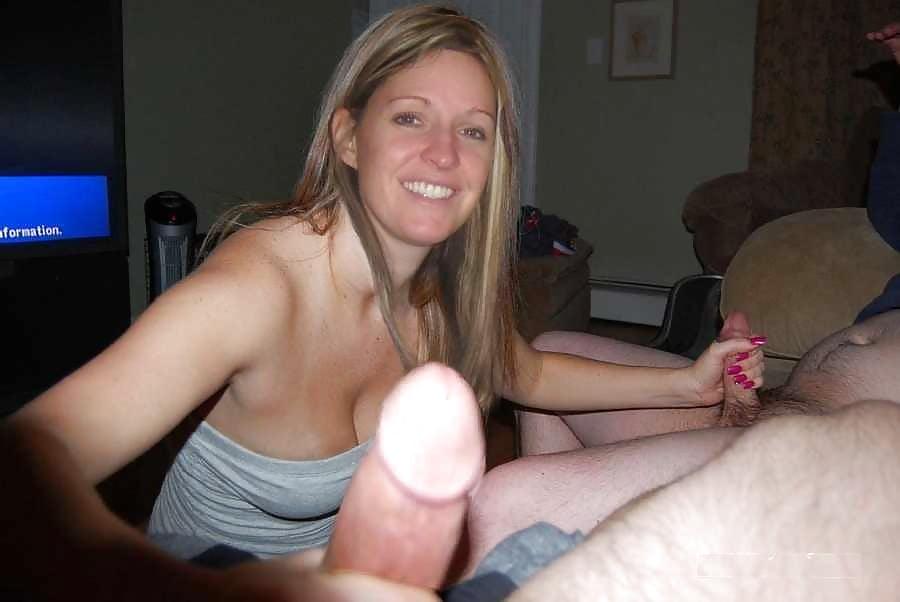 La topless maids