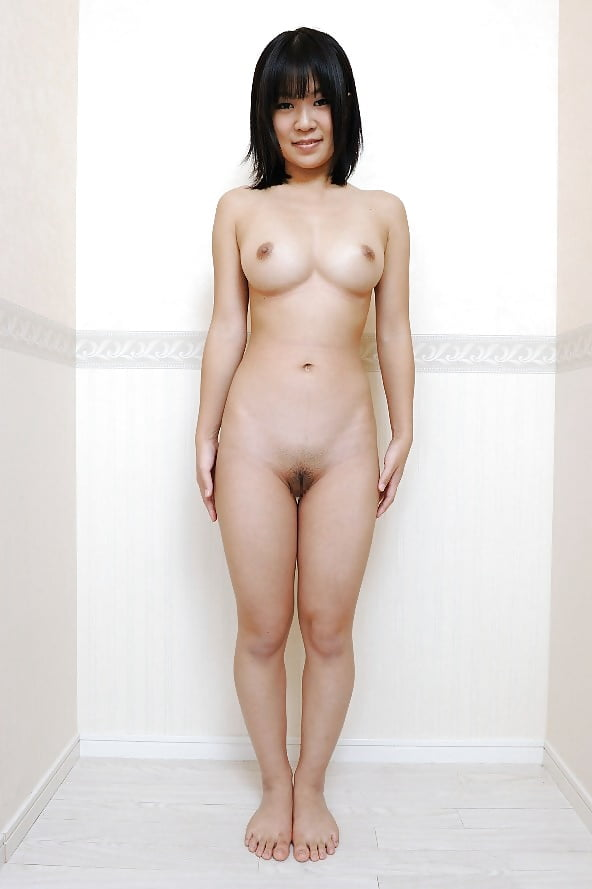 japanese-standing-nude