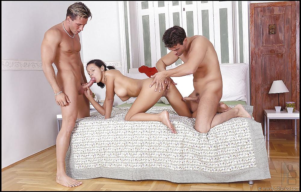 этом случае как заняться порнухой с женой девушек упругая грудь