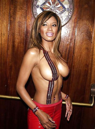 Topless Famous Nude Black Women Images