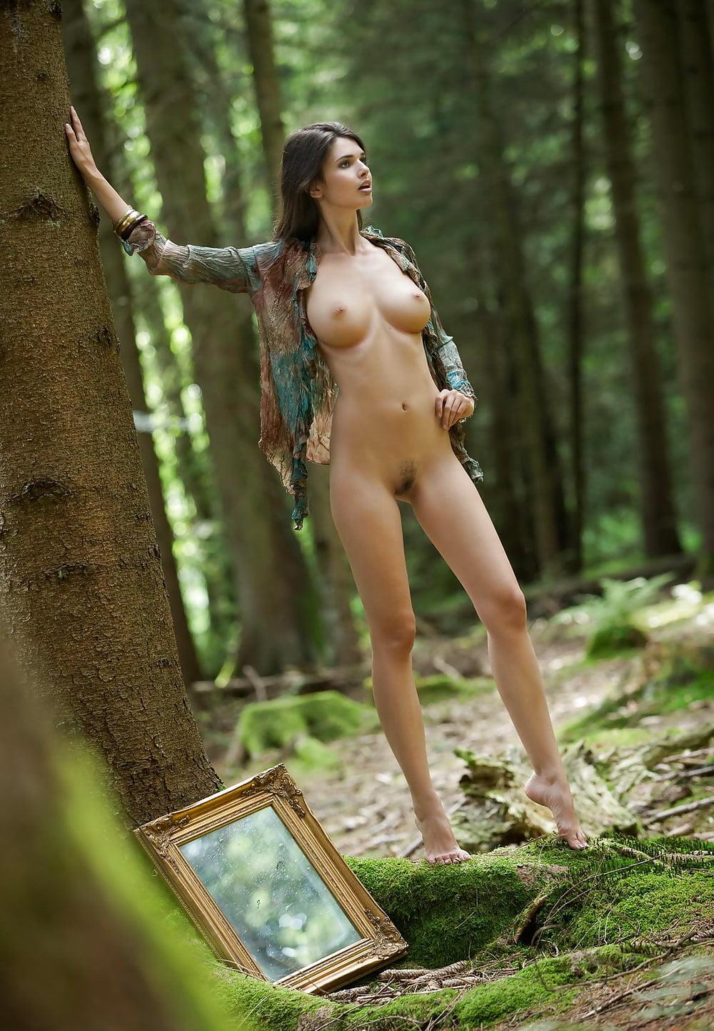 Naked brunette lesbians