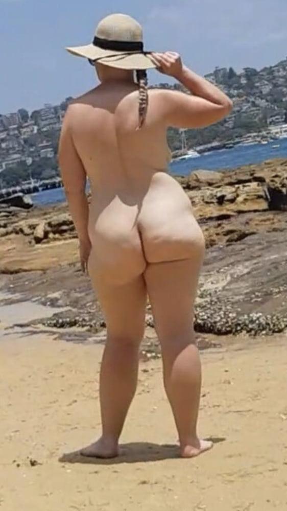 Sexy women - 11 Pics