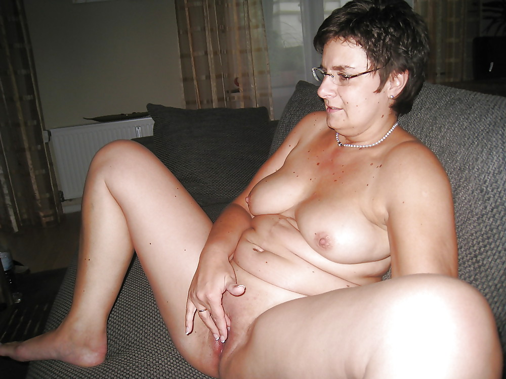 Unaware Bbw Wife Naked
