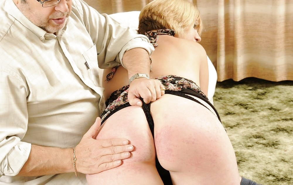Pornotube spank