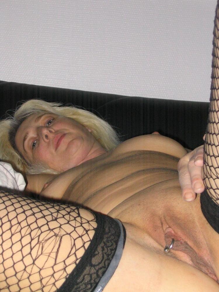Dolly Muschisaft Liebeskugeln Orgasmus